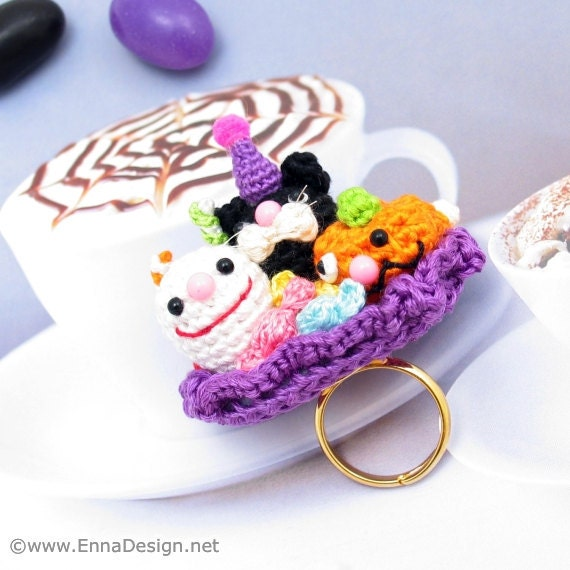 Amigurumi Adjustable Ring : Miniature Amigurumi Jewelry Halloween Party Ring by ennadesign