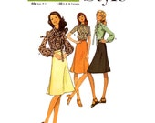 UNCUT 70s Skirt and blouse sewing pattern Style 3407 Bust 36