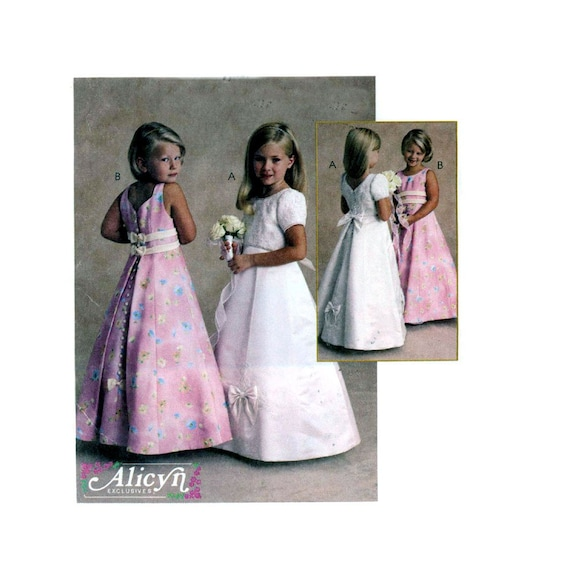 Flower girl dress sewing pattern McCalls 2536 Size 3 to 5