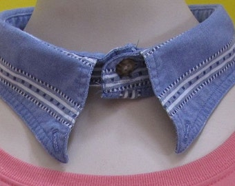 Sixteen Inch Blue Animal Collar by Fashion Green T Bags.