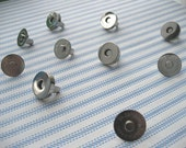 FREE SHIPPING -- 50 sets of 18 mm Nickel/Silver Magnetic Snap Closures