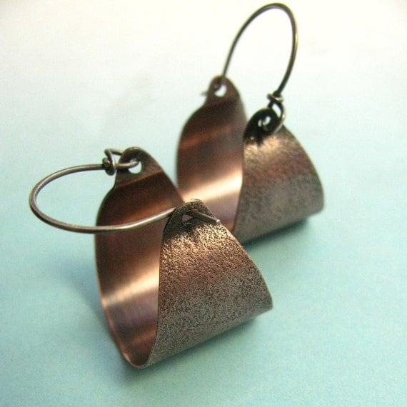 Copper Hoop Earring, Rustic Earrings, Sand Textured Mixed Metal Earrings, Basket Earrings, Silver And Copper Earrings, Metalwork Jewelry