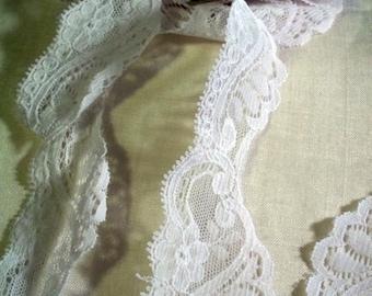 Vintage 1980s White Scalloped Alencon Lace Wedding Trim Bridal Shop Destash  B 40