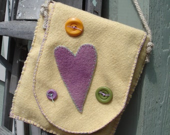 Sunny Hearts and Buttons Felt shoulder bag-
