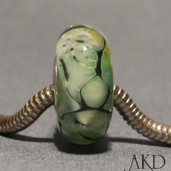 Green & White European Charm Lampwork Bead Fits Trollbeads Troll Bracelet Wintergreen