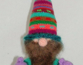 A OOAK Amigurumi Gnome .....  Roonmut Cobbfoodle ...Artist Made