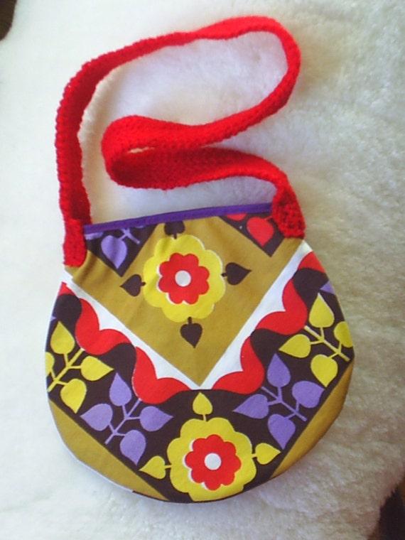 Flowers in the Attick - Vintage Retro style Shoulder Hand Bag w. Crochet Handle