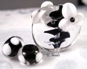 Cosmic Culture Black and White Handmade Lampwork Glass Bead Set SRA