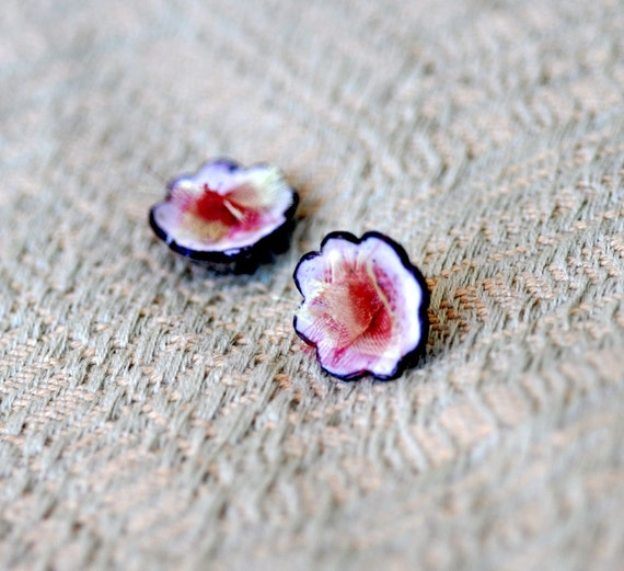Pink Sugared Flowers - Enamel and Silk Posts