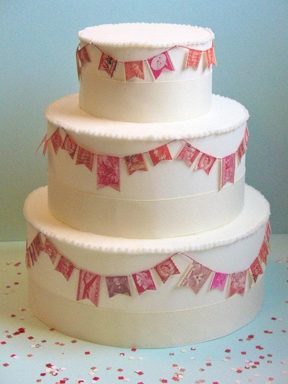 vintage stamp wedding cake garland red 3 tiers. Black Bedroom Furniture Sets. Home Design Ideas