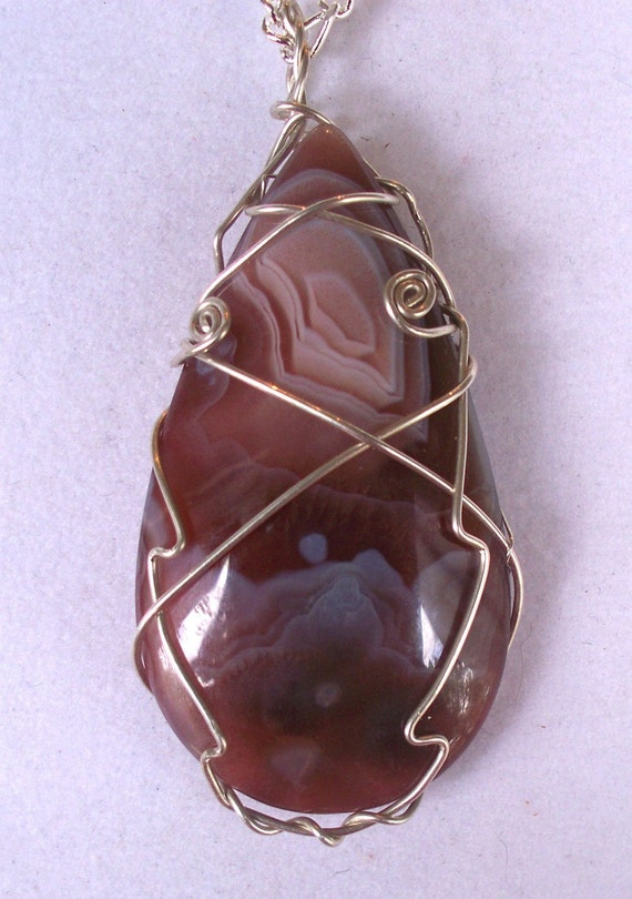 Agate Sterling Silver Wire wrap pendant and Figaro Chain