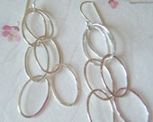 Silver circle chain hammered dangle earrings