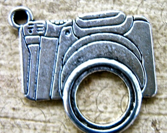 Pewter charms camera   quantity two  jewelry supplies bracelet earring findings  quantity  two  RB2
