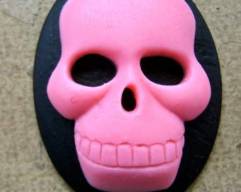 resin cabochon  Cameo Skull large black  and pink retro resin cabochon  H7  quantity one
