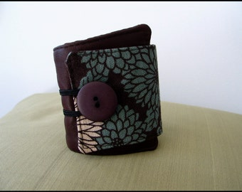 SALE- Leather cuff bracelet with Japanese fabric