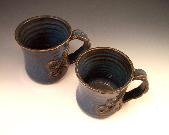 Coffee Mugs in Garden Earth Blue/Pottery Tree Vine / Set of 2