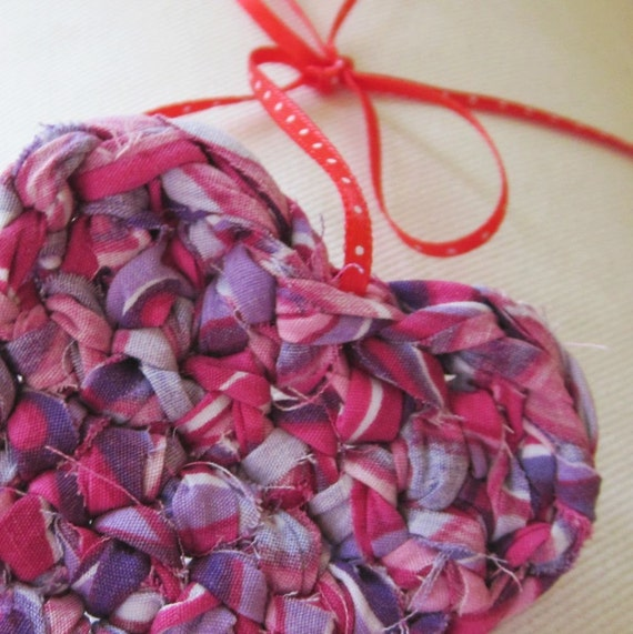 upcycled valentine heart (red, magenta, purple)