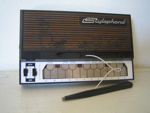 vintage stylophone synth. Black Bedroom Furniture Sets. Home Design Ideas
