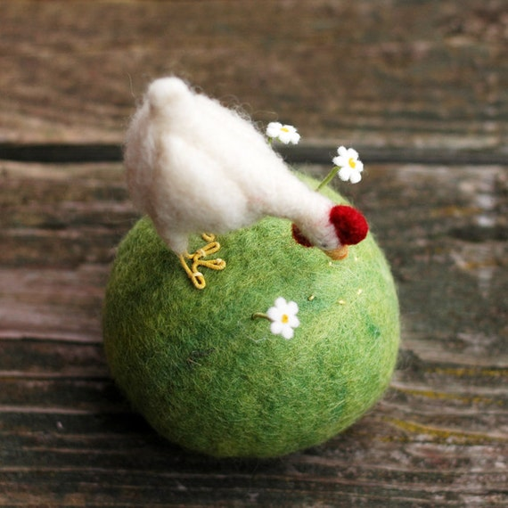 Made to Order - Pecking Hen Pincushion - Needle Felted Farm Decor