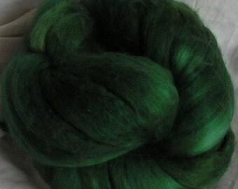 Roving Merino Silk Top Fiber EMERALD ISLE Velvet Green 50 50 Spin Felt Nuno Craft Roving 2 ounces