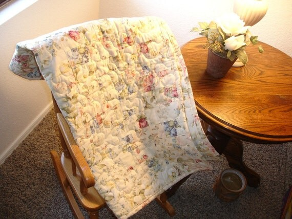 Shabby Chic Quilted Roses Toddler Quilt