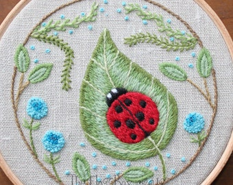 Ladybug on a Leaf Crewel Embroidery Kit