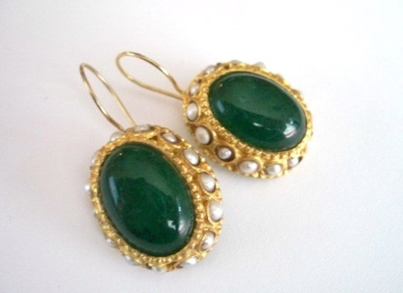 SALE SALE SALE-------Emerald and Pearl  earring