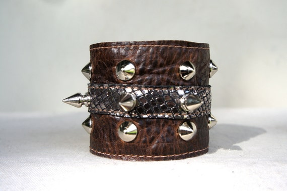 SAMPLE///Distressed Brown Leather Cuff with Silver Mesh Lambskin and Studs