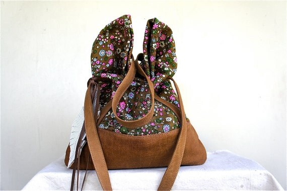 SALE///// Luella in Vintage Floral Linen with Brown Leather Accents