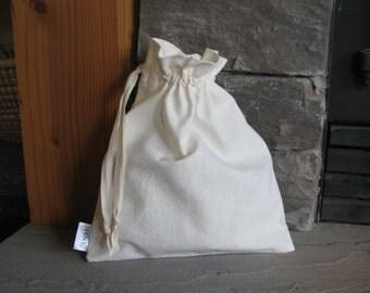 Set of 2 Medium Drawstring Fabric Gift Bags, Organic, Washable, Hemp, Cotton, Natural, Cream