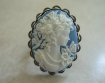 Adjustable Blue Lady Cameo Ring