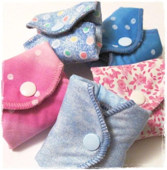 Custom Order.  Cloth Menstrual Pads SET OF 30 .. Perfect Starter Pack  Regular flow 8 inch Coverage
