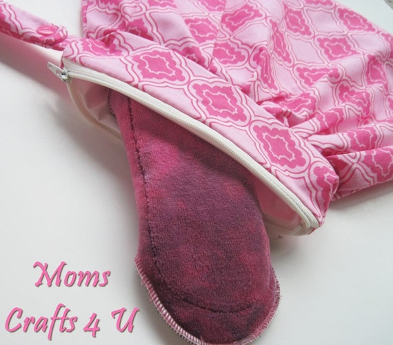 Mama Cloth STARTER KIT  Set of 1 Trendy wet bag & 1 Organic Bamboo velour Panty liner