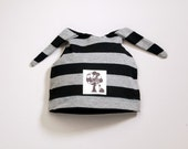 Grey\/Black Striped Double Tie Hat