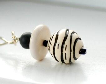 Key Chain, Black and White Beaded Key Chain, Keyring, Key Fob, Zipper Pull, Purse Charm, Bag Bauble - Hear Me Roar