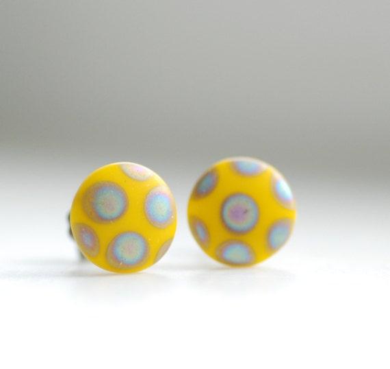 Stud Earrings, Yellow Earrings, Post Earrings, PolkaDot Jewelry, Funky Studs, Summer Earrings, Vintage Glass Earrings, Geometric Jewelry