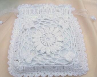 Bombshell Belle - Dahlia - Bridal Wristlet