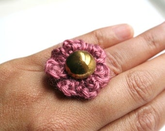 Bombshell Belle - Rosette-  crocheted flower ring with vintage button