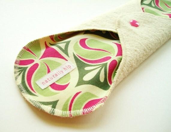 "12.5"" Organic Hemp Fleece Cloth Menstrual Pad - Spade Damask"