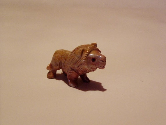 Mini Free-Standing African Lion