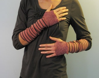 Fisherman's Daughter organic two tone fingerless gloves/ lobster pirate stripes