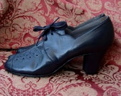 Vintage 1930s Deadstock Art Deco Flapper Peeptoe Lace-Up Shoes - Size 6 1/2 A