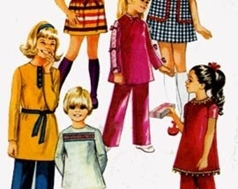 1970s  Girls Mini Dress, Tunic Top and Pants Simplicity 9093 Vintage Sewing Pattern Size 10 Breast 28.5