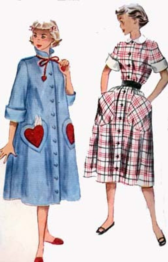 1950s Duster Housecoat or Dress with Big Heart Pockets Simplicity 3716 Vintage 50s  ROCKABILLY Sewing Pattern Size 14 Bust 32 UNCUT FF