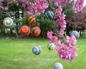 5 BIG MOM Hanging Large Carnival Balls Swirl Felt 43 mm -  Merino wool with raw silk infusion