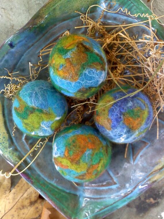 3 BIG MOM Large 43 mm Earth Balls - Merino Wool