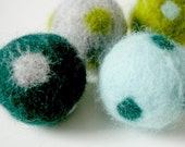 reserved-felt beads assortment with polka dots