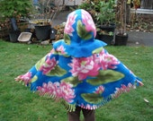 Poncho, Water Lillies, Girls 12mso - 24mos, Warm and Cozy