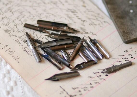 26 vintage pen nibs