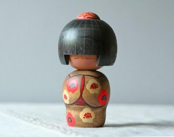 vintage kokeshi doll no.2